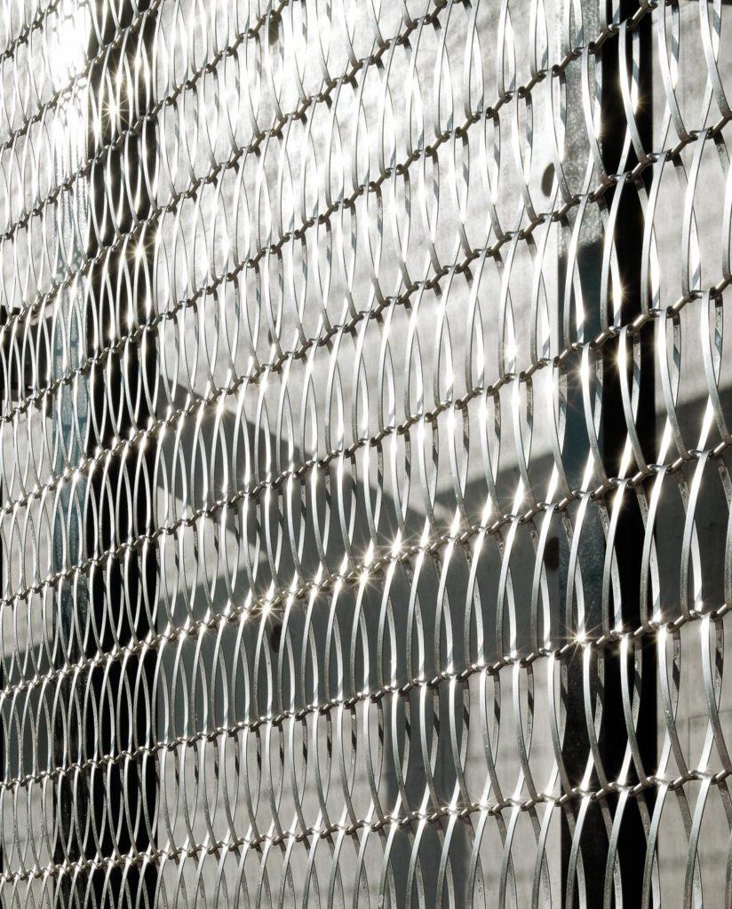Malla metalica Codina Eiffel 40100 en acero inoxidable - Kalasatama Electricity Substation